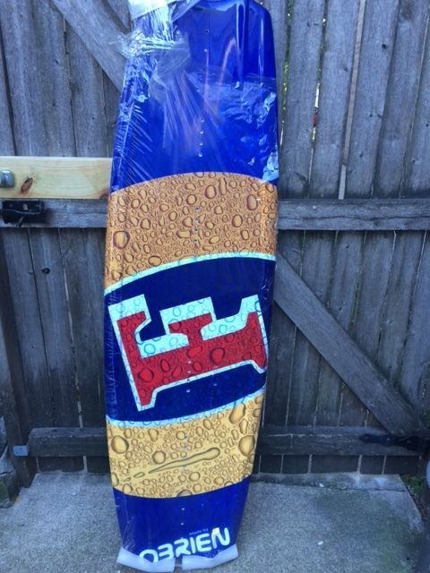 Foster's Beer O'brien Wakeboard 2004 135 Cm Tactic 0.9 Fins