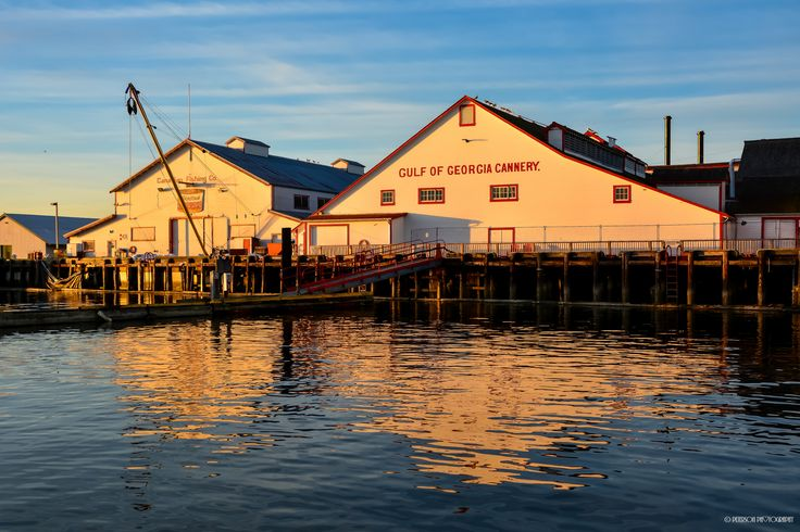 """https://flic.kr/p/R7C557 