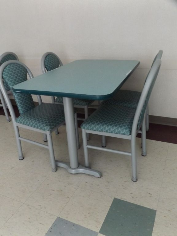 Mts Cafeteria Table W Four Chairs Cafeteria Table Table Home Decor