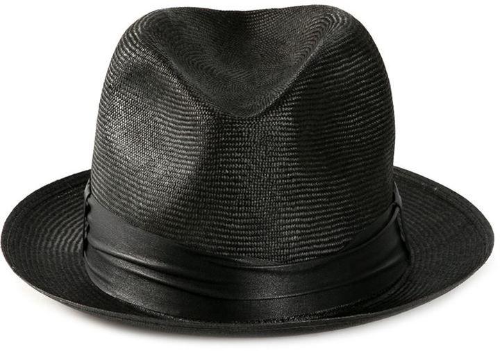 €414, Schwarzer Strohhut. Online-Shop: farfetch.com. Klicken Sie hier für mehr Informationen: https://lookastic.com/men/shop_items/234483/redirect