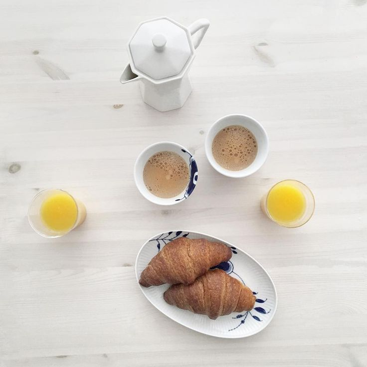 Easy like Sunday morning...  Breakfast is my absolute favourite, ever since I was young I have always enjoyed this time of the day to reflect and relax. For me weekend mornings are the best of the week because I get to enjoy a long, lazy breakfast with him.