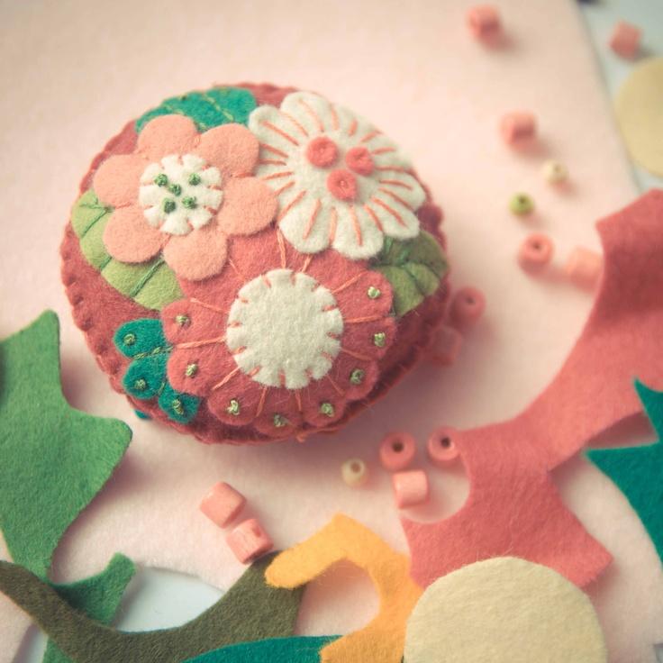 Handmade by Martha Stark tags: #handmade #marthastark #brooch made of #felt #decoration #rekodzielo #bead #thread #pink #white #green