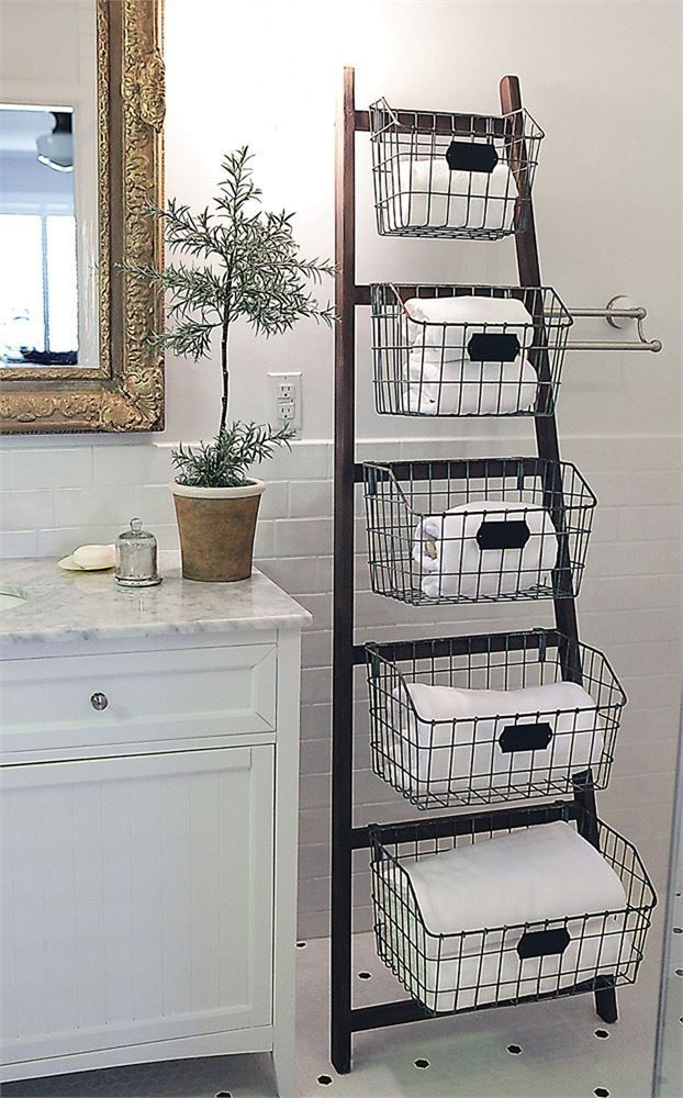 Wood Ladder with 5 Wire Baskets