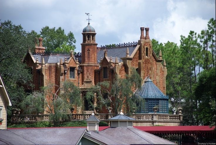 Yes, it's the Disney Haunted Mansion.  Yes, I'd own a copy of it if I could.Disney Memories, Walt Disney, Disney Haunted Mansions, Happy Haunted