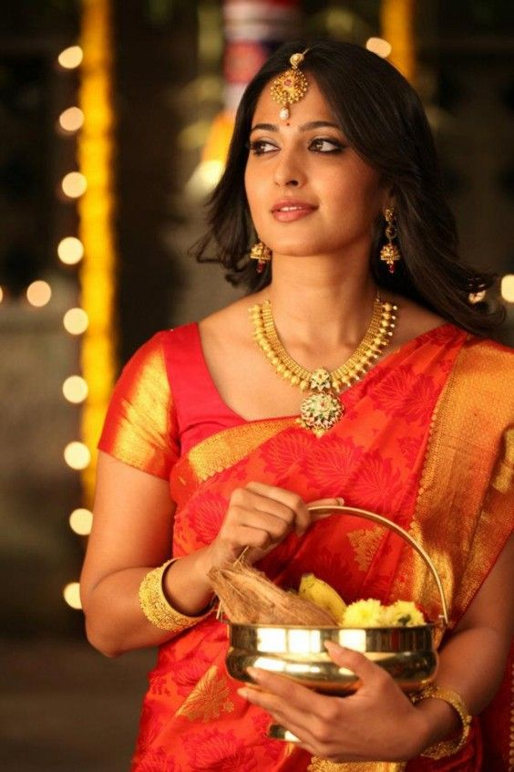 Orange and gold for a traditional south indian look #south #indian #wedding #saree