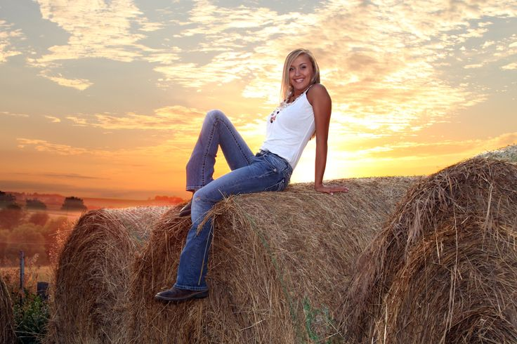 She's a Country Girl!  Its funny, I've done this before!