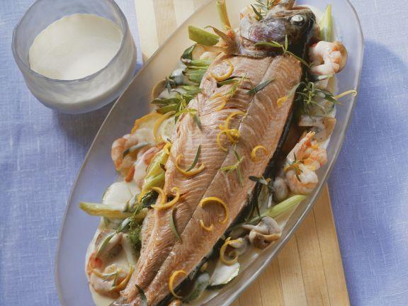 Lachsforelle in Weißweinsauce ist ein Rezept mit frischen Zutaten aus der Kategorie Fisch. Probieren Sie dieses und weitere Rezepte von EAT SMARTER!