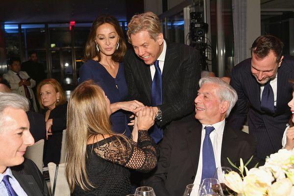 Alvaro Vargas Llosa,  Susana Vargas Llosa, Isabel Preysler, Michael Smith, Mario Vargas Llosa and James Costos attend the Getty Medal Dinner 2017 at The Morgan Library & Museum on November 13, 2017 in New York City.