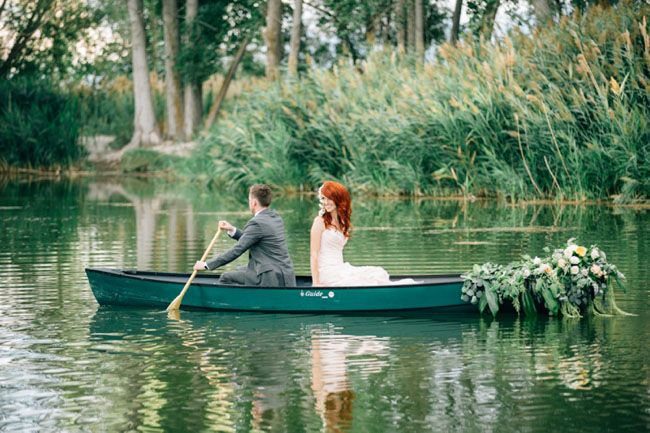 Seriously, give us a floral-draped canoe and we'll probably be your very best friend. Because when it comes to romantic wedding details, that has definitely got to top the list! The team behind today's gorgeous shoot, photogs and stylists extraordinaire, Alyssia B Photography + Callie Hobbs Photography, wanted to stage a setting that would inspire couples […]