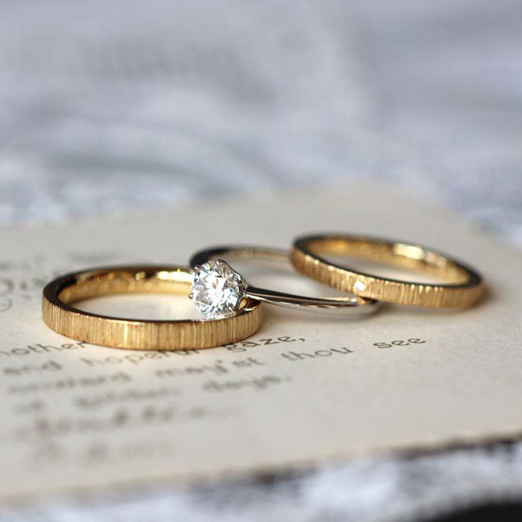 ゴールドのマリッジリングとダイヤモンドのエンゲージリング [K18YG,Gold,ダイヤモンド,Pt900,diamond,ウエディングリング,結婚指輪,婚約指輪]