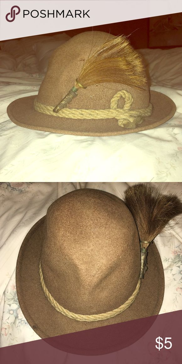 Vintage Hat Country hat...complete with rope and horse hair! :) Accessories Hats