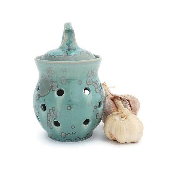gorgeously green, this crystal glazed garlic holder is a beautiful addition to any kitchen #handmade by @sunbirdpottery #etsyau #auswandarrah #inthespotlight
