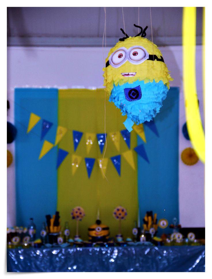 Minion Piñata