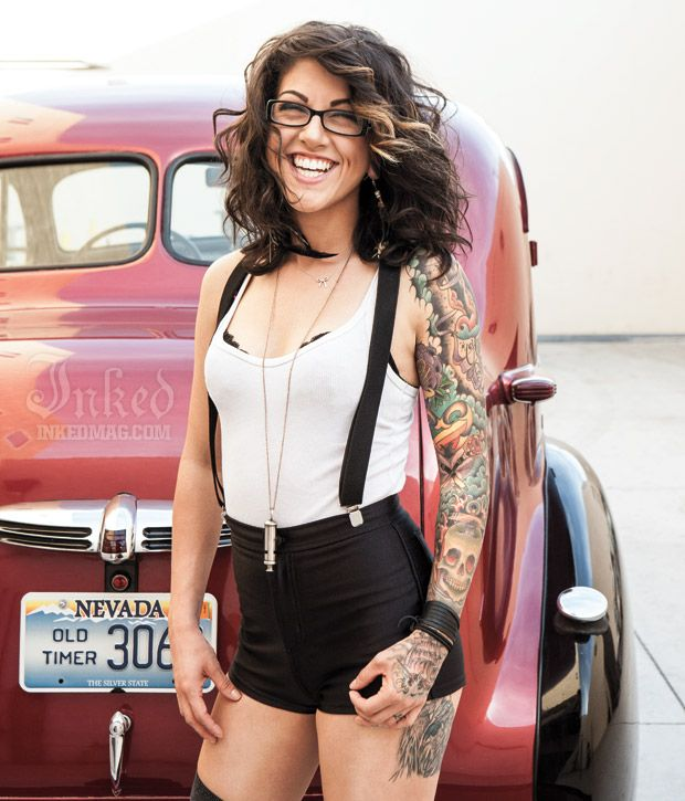 #tattoo women ink beauty sexy www.reverbnation.com/mrslic404