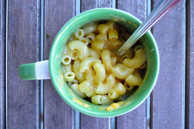 15 Microwavable Meals to Make When You Have a Busy Week - Mac and Cheese