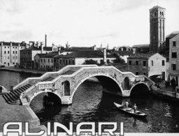 Animated view of the Bridge S. Giobbe, Venice    Anderson * 1914  Alinari Archives-Anderson Archive, Florence $42
