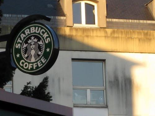 Starbucks in Versailles France
