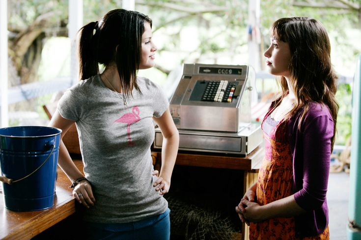 selena gomez princess protection program movie photos | Selena Gomez stars as Carter Mason / Princess Mason and Demi Lovato ...