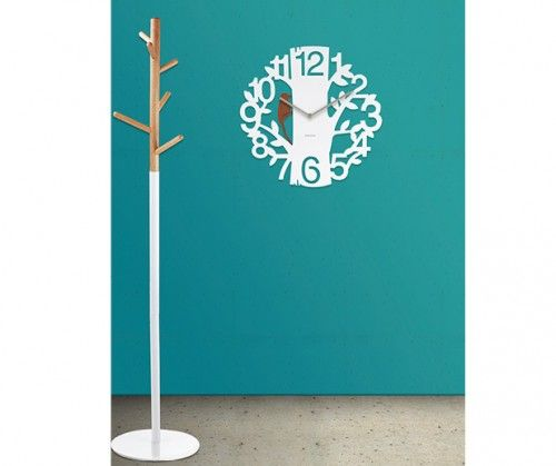 Reloj woodpecker plastic white #Karlsson #deco #watches #fashion clocks #wood #relojes de pared #wall clock Present Time