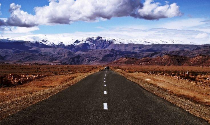 9 routes féeriques au Maroc qui sont à la limite du réel