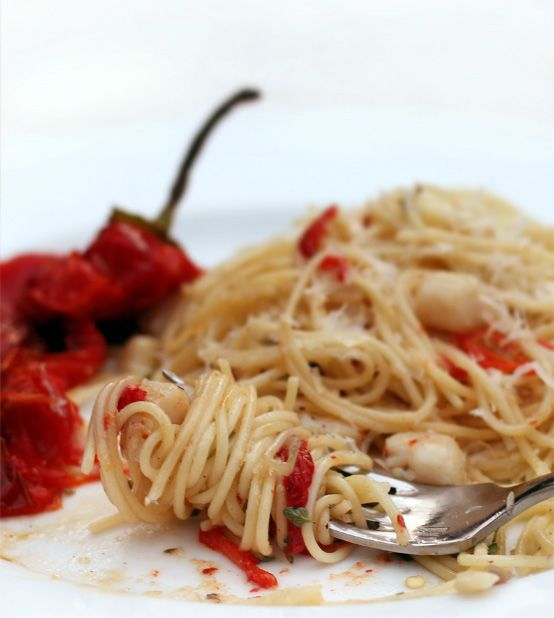 Simple Scallop Pasta with Roasted Sweet Pepper by honestfare #Pasta #  Scallop_Pasta #honestfare