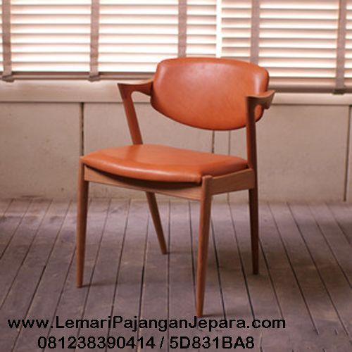 Jual Kursi Cafe Jati Modern merupakan Produk furniture Cafe dengan desain Minimalis dan Jok yang nyaman untuk anda tersedia di toko Indo Kursi Mebel Jepara