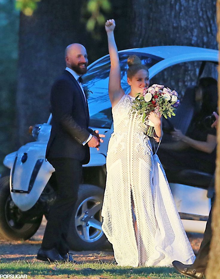 Erika Christensen Can't Contain Her Excitement in Her Gorgeous Wedding Photos
