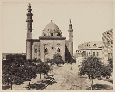 572f9783deaf931d0b43acd1a7329826--interesting-photos-islamic-art.jpg