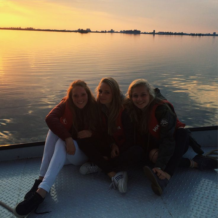 Sailing with my best friends @ friesland, holland