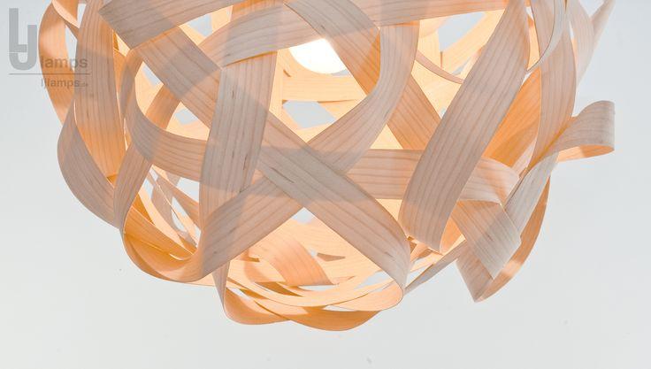 Scheinbar endloser Furnier - Streifen formt die Leuchte Sigma. Handgefertigte Holz -Lampe mit Leichtigkeit... #holz #wood #furnier #veneer #lampe #lamp #leuchte #design #berlin #modern #vintage #ljlamps #unikat #interior #interiordesign #interiordecorating #deco #light #lighting #decor #love #me #follow #photooftheday #beautiful #like #repost #art #photo #home