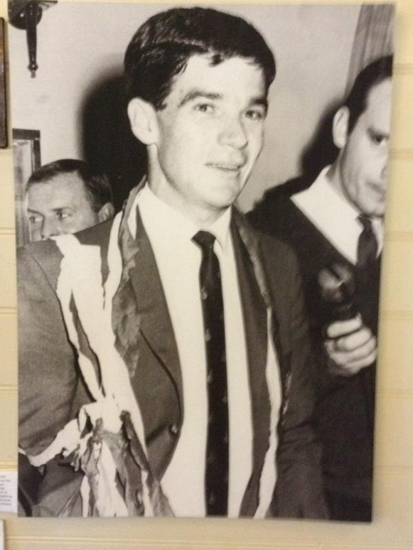 Johnny Warren #ITYS    1967, Sydney Airport. The Socceroos had just won the Friendly Nations Cup in Vietnam, part of the war effort.