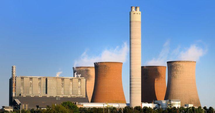 Los efectos de contaminación del aire en el mundo. En 2007, un profesor de la Universidad de Cornell y un grupo de estudiantes encontraron que el 40% de las muertes en todo el mundo podría estar relacionadas con la contaminación del agua, aire y suelo. En 2010, se reportó que la contaminación del aire por sí misma fue la causa de 9 mil muertes en California. La contaminación del aire, como las ...