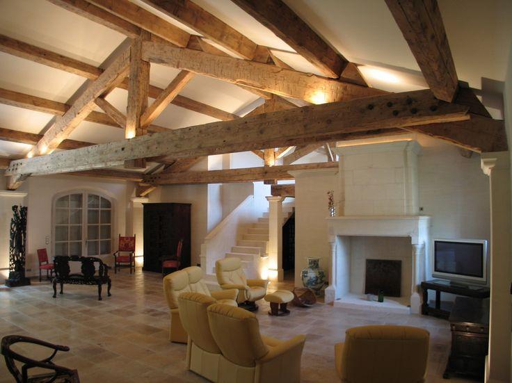 Poutres apparentes en pin qui apportent style et chaleur dans votre intérieur retrouvez toutes nos rénovations de poutres anciennes sur