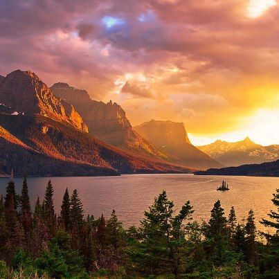 Wow! -- Saint Mary Lake and Wild Goose Island in Glacier National Park, Montana. Photo by Jason Persun