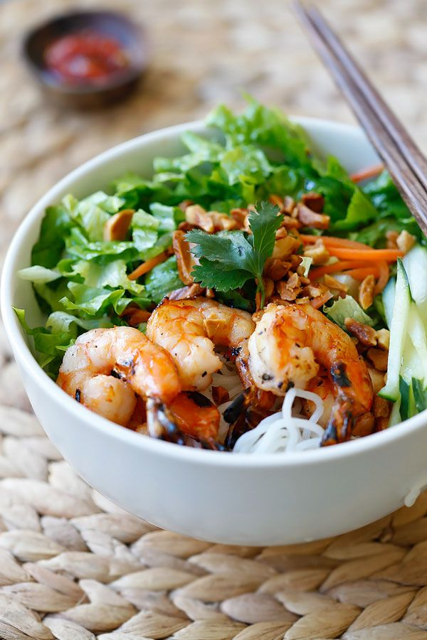 //Vietnamese BBQ Shrimp Vermicelli or Bun Tom Heo Nuong is a delicious and healthy noodle dish with shrimp and lots of vegetables, served with a sauce.#food