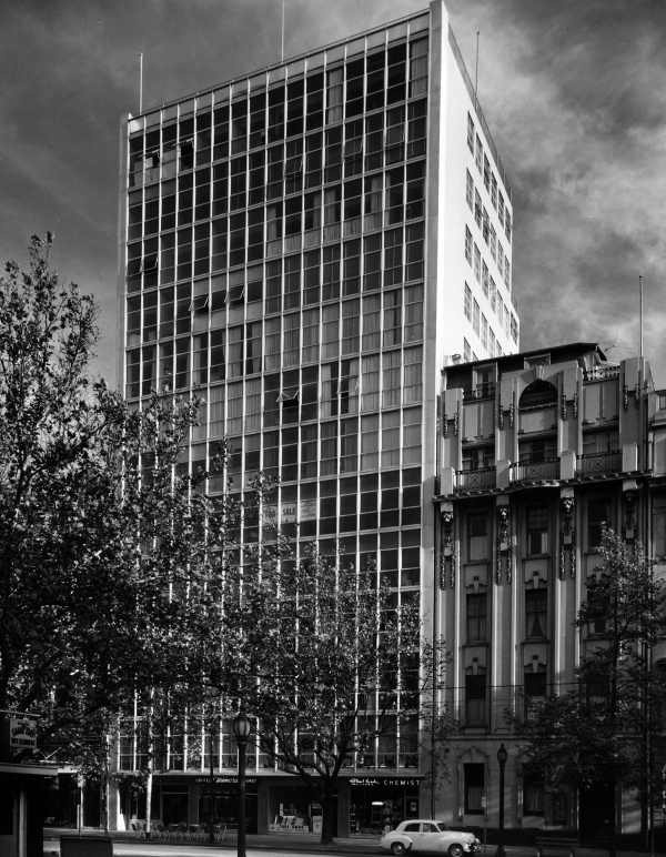 Coates Building. Melbourne, Australia 1959. Photography by Wolfgang Sievers.