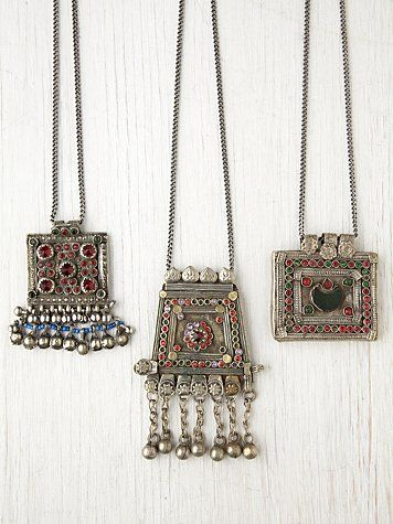 Vintage Morrocan Plate & Fringe Necklace. http://www.freepeople.com/whats-new/vintage-morrocan-plate-and-fringe-necklace/
