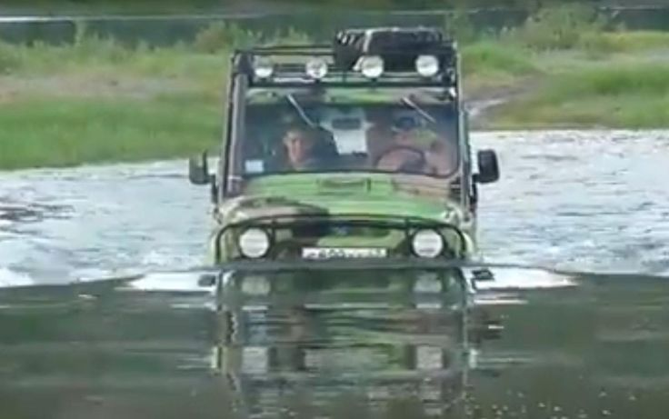Extreme Off-road Water Crossing UAZ-469 and Truck Kamaz 6x6