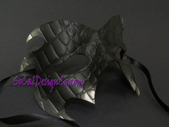 Hey, I found this really awesome Etsy listing at https://www.etsy.com/listing/237358127/mens-masquerade-mask-black-leather-mask