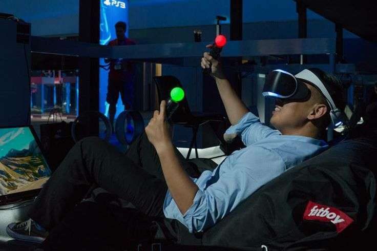 The Fatboy® Buggle-ups have been a HIT at the PlayStation Project Morpheus launch during E3! Turn the lights off, put your glasses on, RELAX and get gaming! #E32014 #PlayStation #E3 #FatboyUSA #FatboyBuggleUp