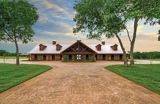 Boyd Brothers Contracting: Custom Horse Barn Builder, Boyd Brothers Contracting