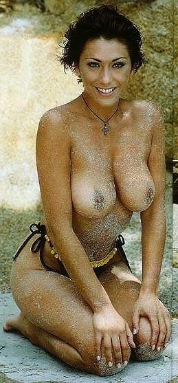 chick nude brutal insertion