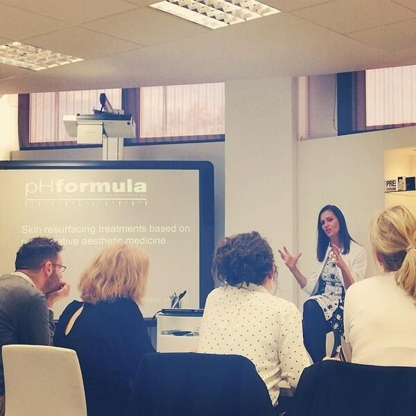 Our founder, Petru van Zyl, is holding an education session on #pHformula and the ways in which our products beat! #Skinn #Academy #SkinProfessionals