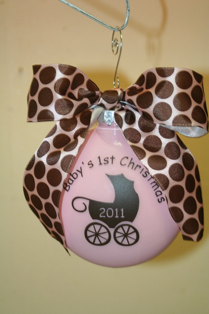 cute: Cricut Idea, Babys 1St Christmas, Baby Girl, Chrismtas Ornaments, Jc S Girl, Baby Craft S, Cricut Projects, Christmas Ornaments