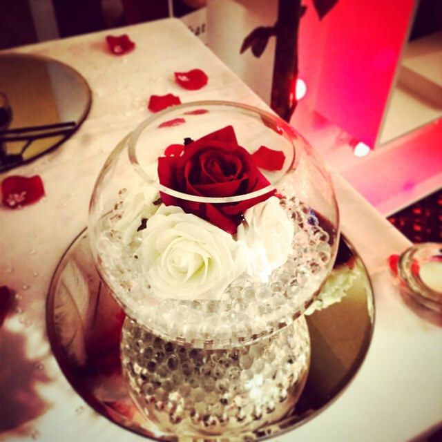 Having a romance themed reception? Our mirror and fishbowl centerpieces are a great starting point!