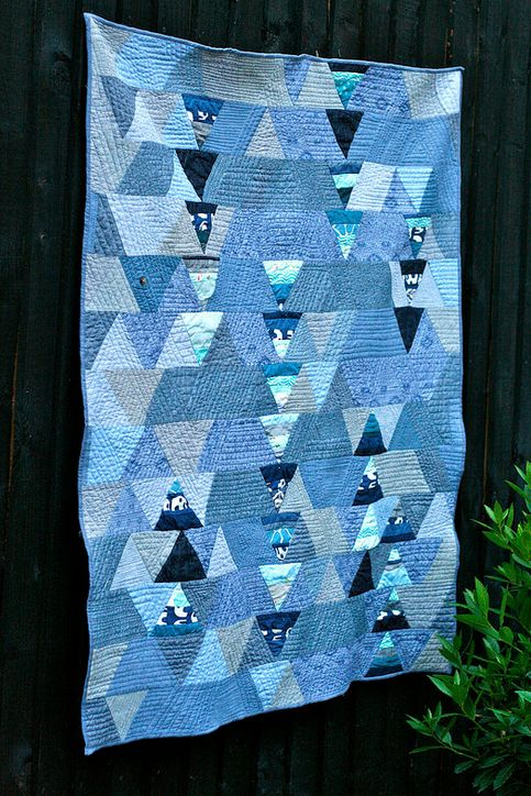 Marina Triangle Quilt by Elli Beaven for the Umbrella Prints Trimmings Challenge 2015.  Made with one packet of Umbrella Prints fabric Trimmings www.umbrellaprints.com.au