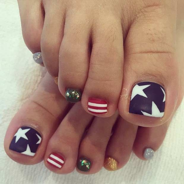 Stars and Stripes Toe Nail Design for the 4th of July