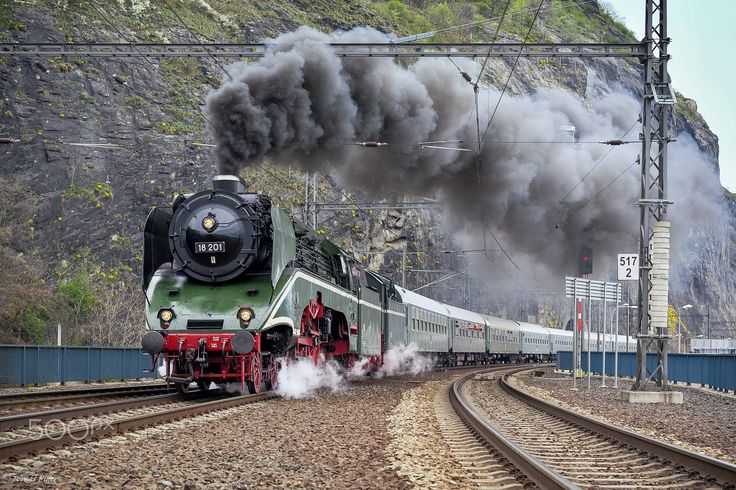 Special Express č.10001 from Leipzig to Prague pulled by a locomotive 18 201. On Saturday 8th April 2017.