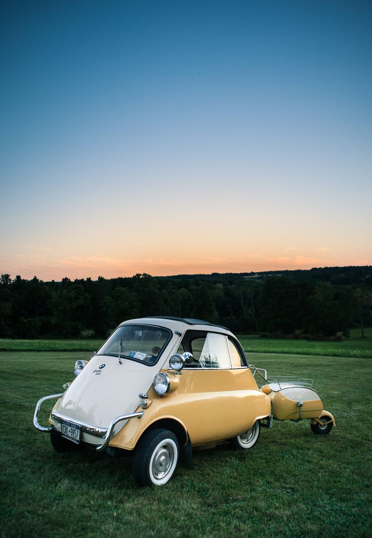 BMW Isetta with matching trailer