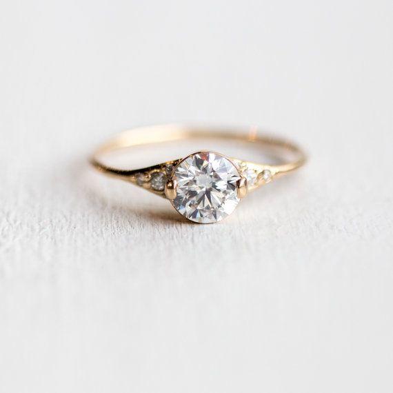 Frauenschuh-Diamant-Verlobungsring  1 Karat von MelanieCaseyJewelry